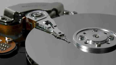 SSD vs hard drive - Difference between solid state drive and hard drive